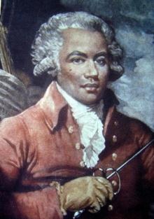 Peinture : homme vêtu d'un manteau orange-brun, d'une perruque blanche d'époque, tenant un fleuret. Il a la peau noir.