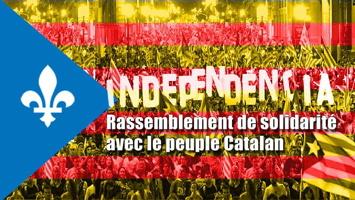 Affichette : ressemble un peu au drapeau de la Catalogne (jaune avec des barres rouges), mais avec l'ajout superposé sur la gauche de la Fleur de Lys du Québec en appui. « Independencia ».