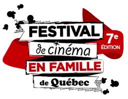 Logo : le titre est découpé en quatre morceaux, quatre écriteaux séparés, sur fond d'une guirlande rouge et des morceaux des popcorn. « 7e édition »