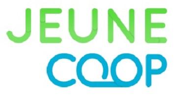Jeune Coop, sur fond transparent. Jeune en vert saturé et Coop en bleu ciel saturé.