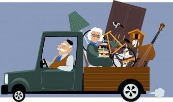 Dessin coloré d'un vieux messieurs conduisant un petit camion à arrière ouvert sur lequel se trouve une dame âgée entourée des objets qu'ils et elle déménagent.