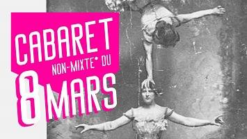 Affichette sur fond 'une photo ancienne d'une femme se tenant sur une main, au-dessus de la tête d'une autre femme (acrobates). Puis le titre en grandes lettres diagonales blanches sur fond rose.