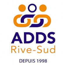 Logo sur fond blanc : trois maillons d'une chaîne, surmontés de ronds colorés comme des têtes de bonhommes se tenant coude à coude. « Depuis 1998 »