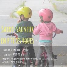 Affiche : photo de dos de deux enfants en vélo, casque jaune et casque rose. Il/Elle regardent quelque chose vers leur gauche. « Randonnée familiale festive ».