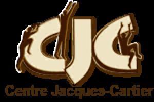 Logo : CJC. Chaque lettre à l'ombre d'une personne qui grimpe ou encore saute sur la lettre.
