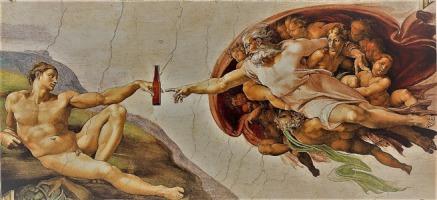 Grande peinture classique de Michel Ange où un ange de dieu (devant un nuage en forme de cerveau) touche du doigt un homme nue terrestre, sauf qu'une bière est insérée où les doigts se touchent.